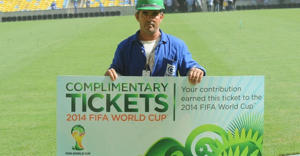 Funcionários que trabalham nas obras no Maracanã receberam ingressos para a Copa das Confederações