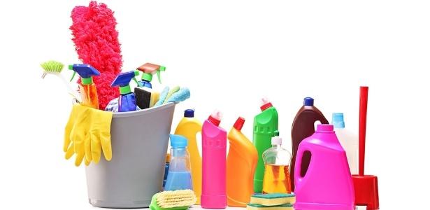 Se utilizados de forma errada ou misturados sem critérios, esses produtos podem fazer mal à saúde - Thinkstock
