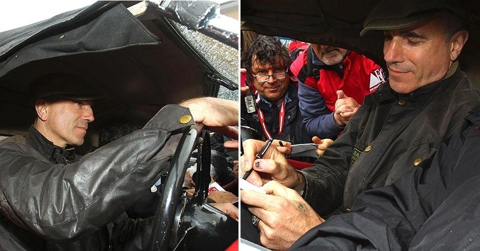 O ator Daniel Day-Lewis participa da tradicional corrida de carro Milli Maglia, em Brescia, na Itália