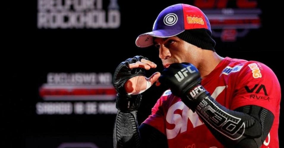 Vitor Belfort treina em sessão aberta ao público para o UFC Jaraguá do Sul