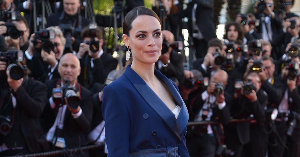 17.mai.2013 - Berenice Bejo chega para a exibição de