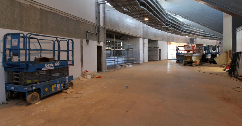 18.mai - Estádio de Brasília ainda necessita de reparos