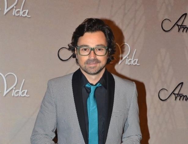 """18.mai.2013 - Emílio Orciollo Netto na festa organizada pela Globo em um restaurante de SP para promover a novela """"Amor à Vida"""""""