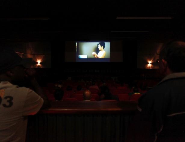 18.mai.2013 - Sessão Pink Porn, com filmes eróticos japoneses, durante a Virada Cultural  - André Lessa/UOL