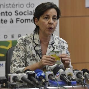 Após tumulto em 12 Estados, ministra pede que população siga calendário de saques do Bolsa Família
