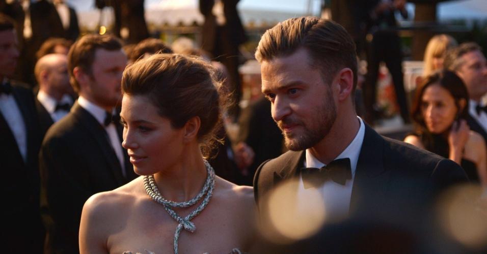 19.mai.2013 - O casal Jessica Biel e Justin Timberlake no tapete vermelho do filme