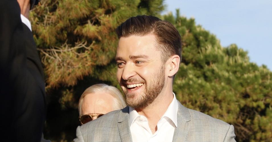20.mai.2013 - O ator e cantor Justin Timberlake chega para participar em um programa do canal francês Plus; ele participa do filme