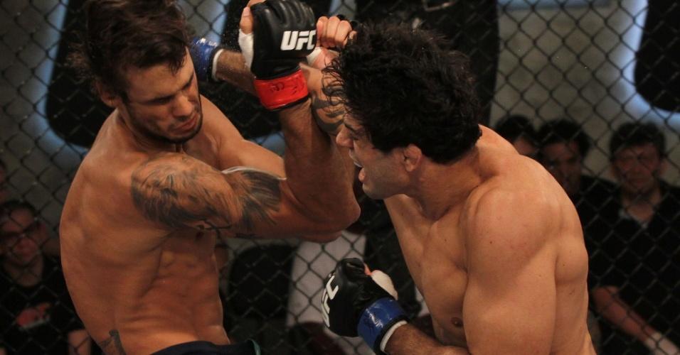 Viscardi Andrade (dir.) venceu David Vieira e foi à semifinal do TUF Brasil 2