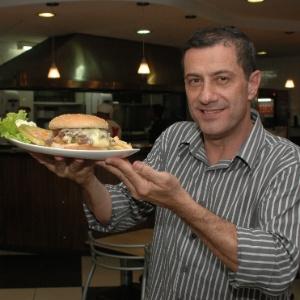 Hélio Poli, sócio da rede de fast food Big X Picanha - Divulgação
