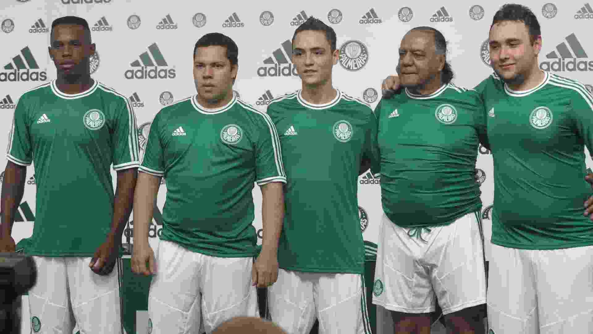 Palmeiras apresenta uniforme retrô para Série B com volta da camisa ... ef0ee24b96769