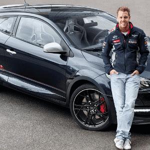 Renault Mégane R.S. Red Bull Racing RB8 - Divulgação
