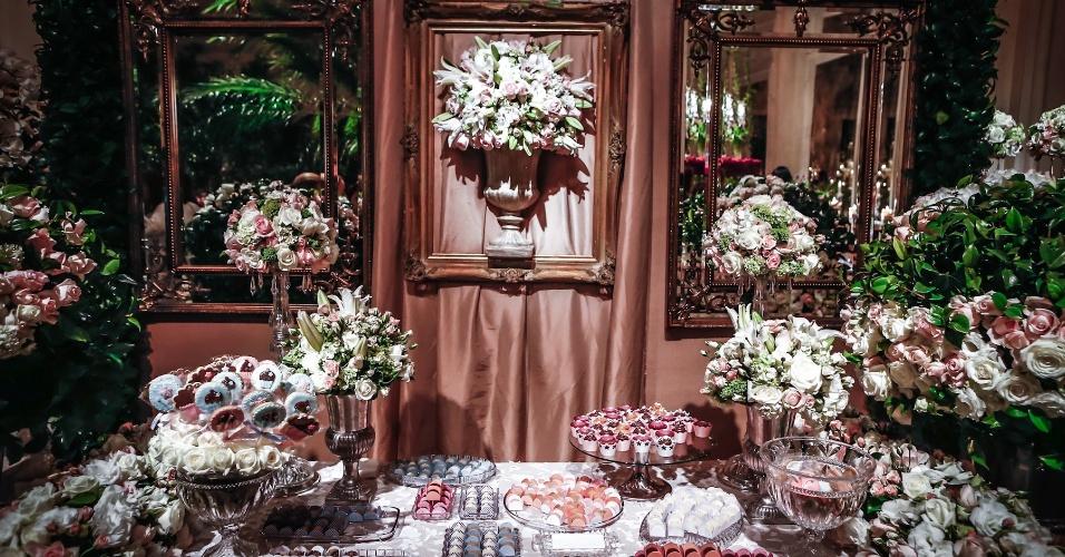 21.mai.2013 - Degustar 2013: mesa da doceria Dolci Amici com decoração de Pupy Zogaib