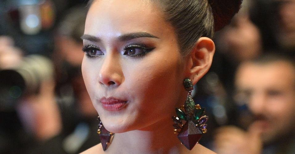 22.mai.2013 - A atriz tailandesa Rhatha Phongam, de