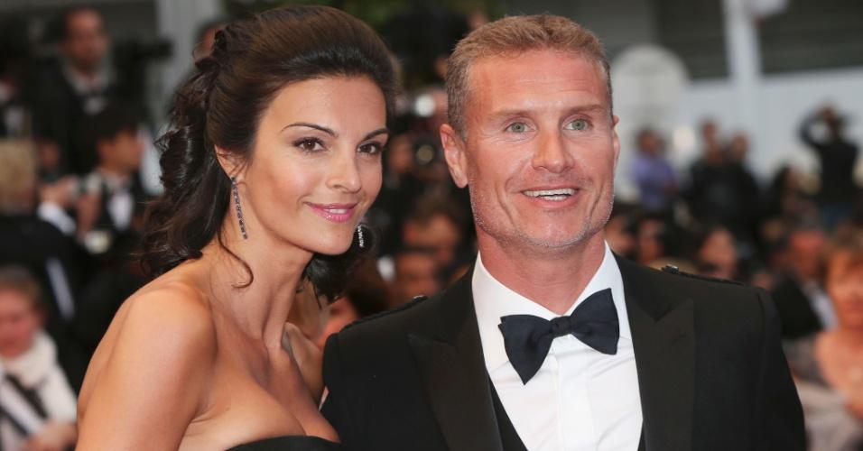 22.mai.2013 - Ex-piloto de Fórmula 1 David Coulthard prestigia o Festival de Cannes ao lado da mulher, Karen Minier