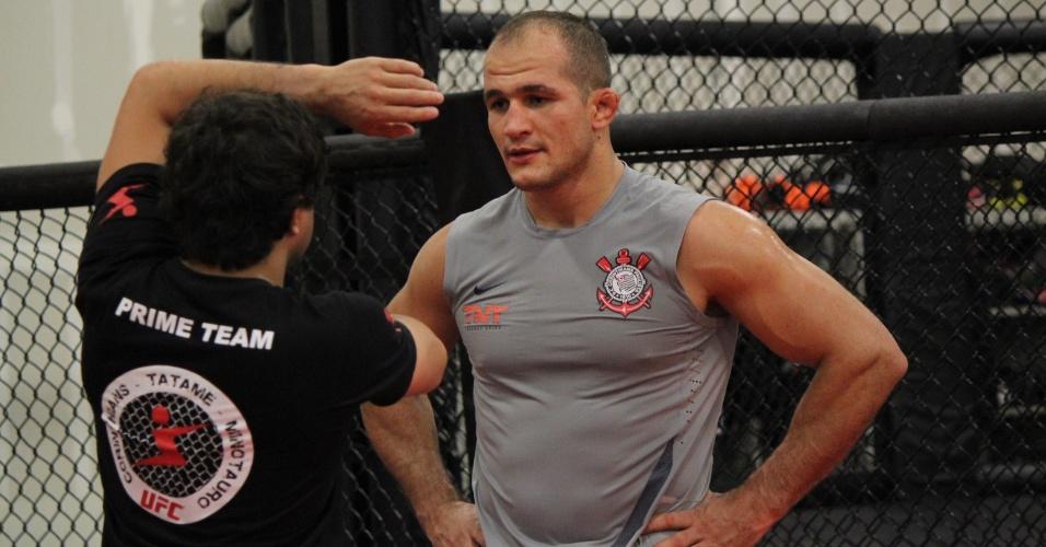 Depois de problemas com voo na última luta, Cigano resolveu chegar mais cedo em Las Vegas, para o UFC 161