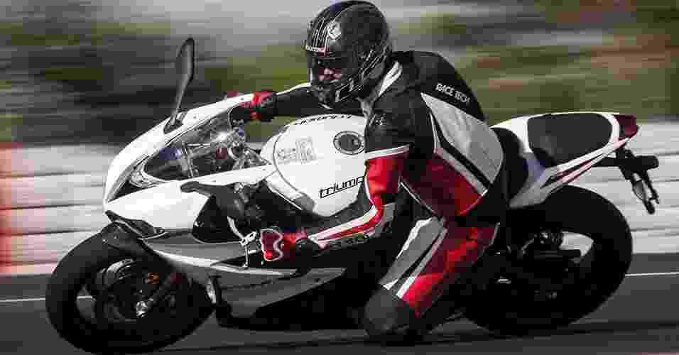 Triumph Daytona 675R - Doni Castilho/Infomoto