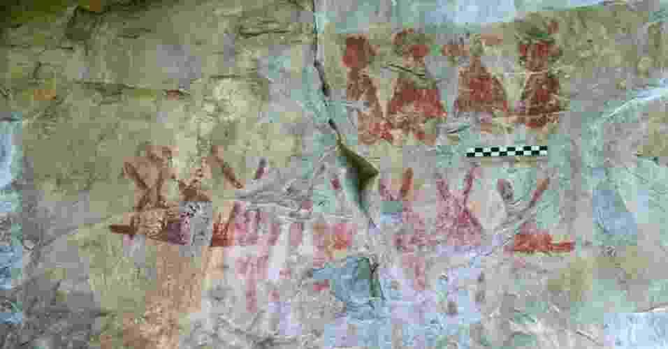 """23.mai.2013 - Grupo do Inah (Instituto Nacional de Antropologia e História) descobriram quase 5.000 pinturas rupestres 4.926 pinturas rupestres em 11 locais diferentes no Estado de Tamaulipas. As imagens, que representam pessoas, animais e insetos,  documentam a presença de povos pré-hispânicos em uma região onde """"antes se dizia não existir nada"""" - Inah"""