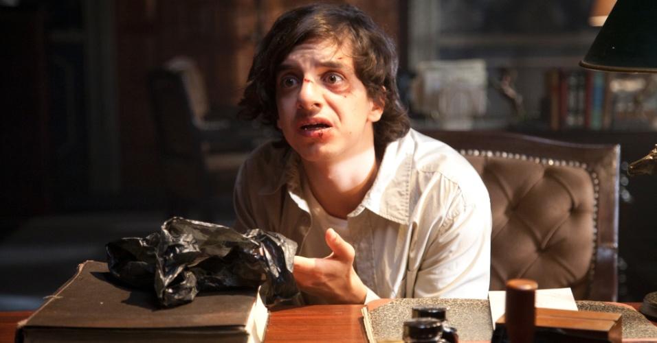 """Ismael (Jorge Caballero) é um adolescente encrenqueiro que se envolve com o crime em """"Sr. Ávila"""""""
