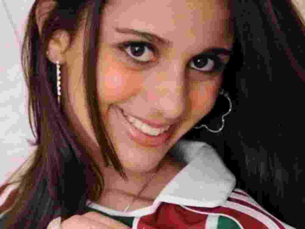 """A estudante Beatriz Pêgo Damasceno, 17, acertou todas as 60 questões da prova  e foi a primeira candidata a """"gabaritar"""" uma avaliação da instituição - Reprodução"""