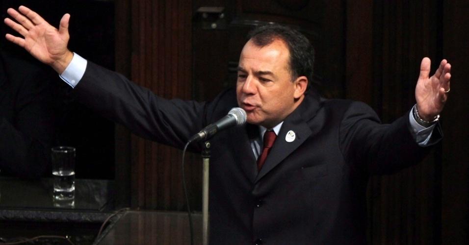 Sérgio Cabral é preso pela Operação Lava Jato