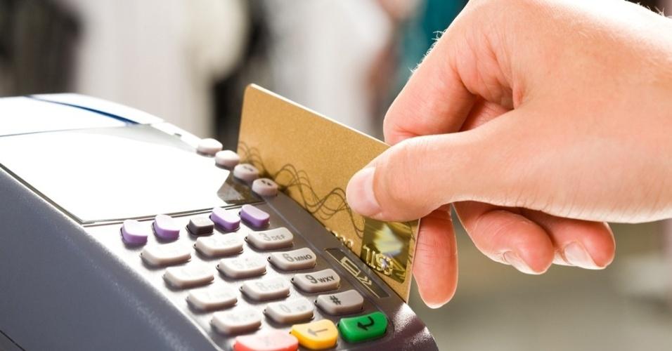 Mídia indoor, cartão, pagamento, compra, economia, consumidor, crédito, débito, finança, loja, varejo, transação, dinheiro