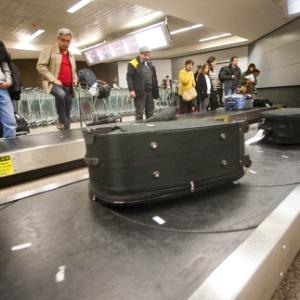 Esteira de bagagem no aeroporto de Cumbica (SP) - Danilo Verpa/Folhapress