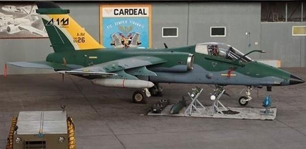 Caça A-1 modernizado (A-1M) foi entregue à FAB (Força Aérea Brasileira) pela Embraer Defesa & Segurança na manhã desta terça-feira (3)