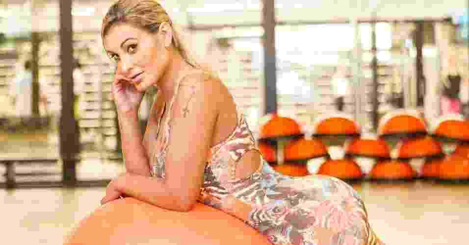 Andressa Urach - Ex-Fazenda e vice-Miss Bumbum 2012 - abre do álbum - Rodrigo Capote/UOL. Agradecimento: Academia Bodytech