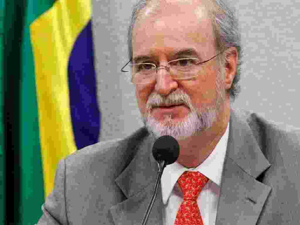 Eduardo Azeredo (PSDB), ex-senador e ex-governador, ligado ao mensalão mineiro - Folha Imagem