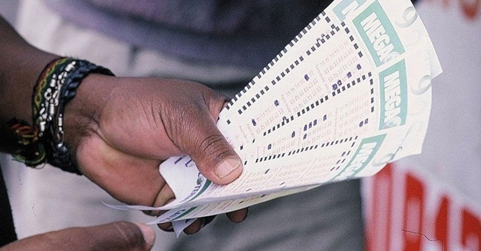 Bilhetes da Mega-Sena; loteria, prêmio, apostas, sorteio, Caixa Econômica Federal