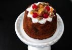 Aprenda a fazer um delicioso bolo natalino de frutas - Junior Lago/UOL