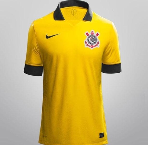 Suposta terceira camisa do Corinthians, na cor amarela, circula na internet