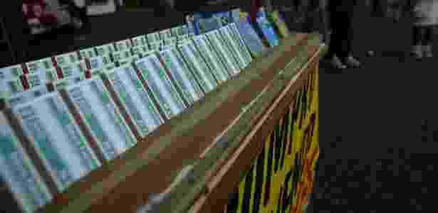Camelos vende Bilhete Fidelidade, do Metro, por um preco mais barato.  -  L. C. Leite/Folha Imagem -  L. C. Leite/Folha Imagem
