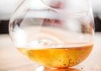 Cachaça-chique: bartender cria drinque que muda de cor a cada gole - Divulgação