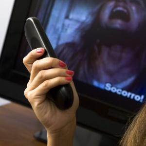 Ligações clandestinas ultrapassam números de operadoras de TV paga