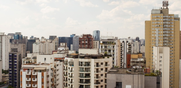 ista de predios, na rua Fiandeiras, no itaim Bibi, em São Paulo (SP).