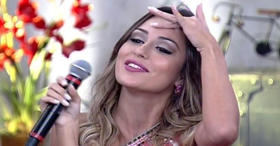 """1º.abril.2014 - Letícia enfrenta detector de mentiras no programa """"Encontro com Fátima Bernardes"""""""