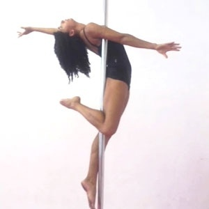 Curso de pole dance será um dos ministrados na 24ª Fitness Brasil Internacional - Divulgação
