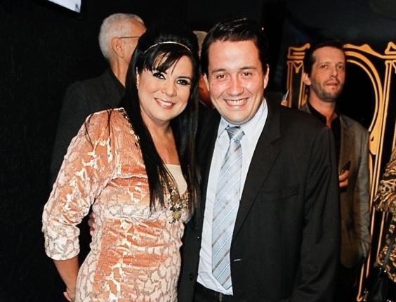 Mara Maravilha e noivo Augusto César Vicente