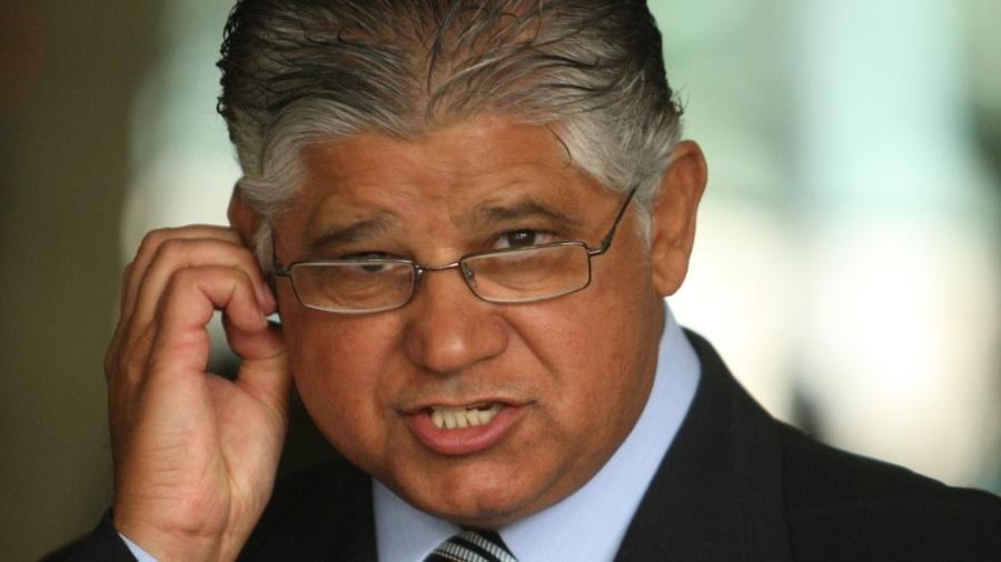 Assessoria de Clésio Andrade informa que sua mulher pagou R$ 3,6 mil para que ela e os irmãos do ex-senador fossem vacinados - Divulgação