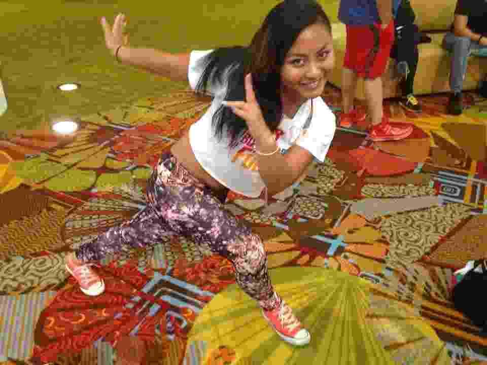 Fiona Right, 24, é instrutora de Zumba em Nova York e o ritmo que mais gosta de dançar nas aulas é o dancehall, estilo musical jamaicano - Thamires Andrade/UOL