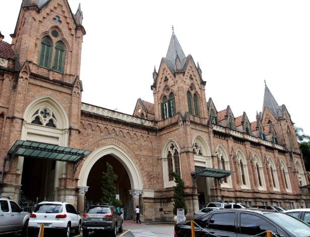 Fundada em 1562, a Santa Casa em São Paulo inaugurou o atual prédio em 1897 - Daniel Guimarães/Folhapress