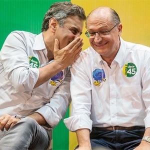 Aécio Neves e Geraldo Alckmin participam de encontro com prefeitos dos Municípios de São Paulo - Marlene Bergamo/Folhapress