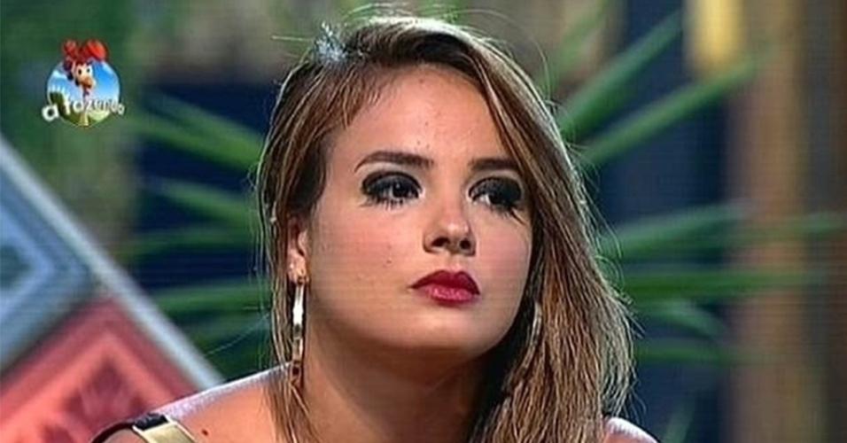 """13.out.2014 - MC Bruninha indica Robson Caetano para a quarta roça de """"A Fazenda 7"""""""