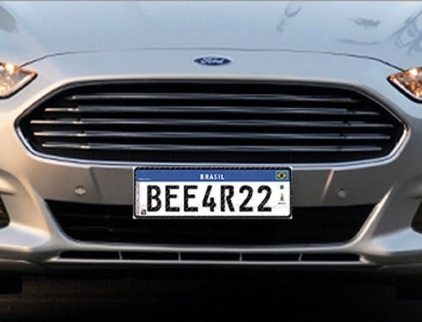 Arte mostra como será a placa do Mercosul que carros usarão no Brasil a partir de 2017 - Arte UOL Carros