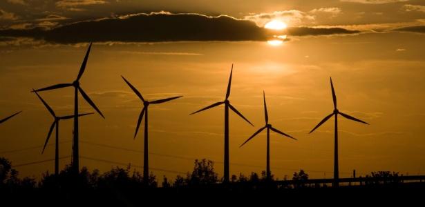 As mudanças climáticas estão nos forçando a adotar energias renováveis, como a eólica - Fabrizio Bensch/Reuters