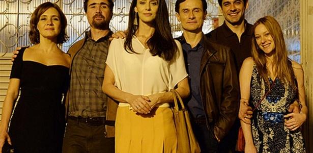 """""""Felizes para Sempre"""": Hugo (João Miguel) e Tania (Adriana Esteves), Joel (João Baldasserini) e Suzana (Carol Abras) e Claudio (Enrique Diaz) e Marília (Maria Cândido)"""