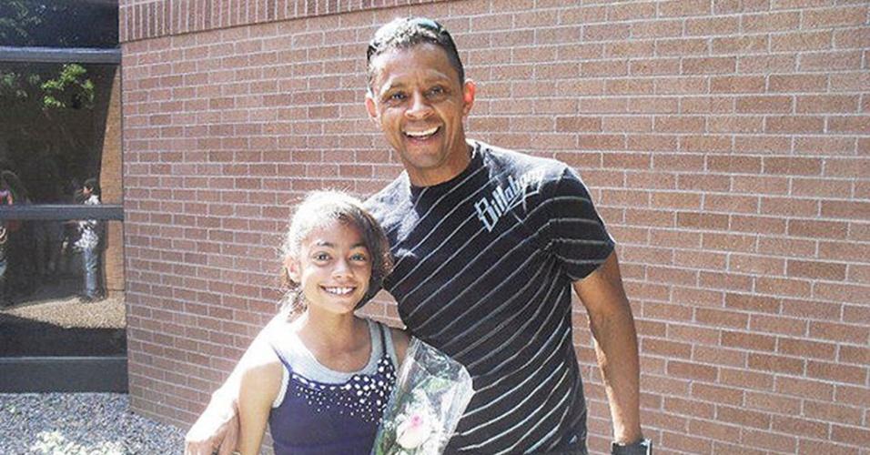 Brasileiro Andre DeOliveira, 56, ganha US$ 2 milhões de indenização por racismo sofrido em trabalho nos EUA