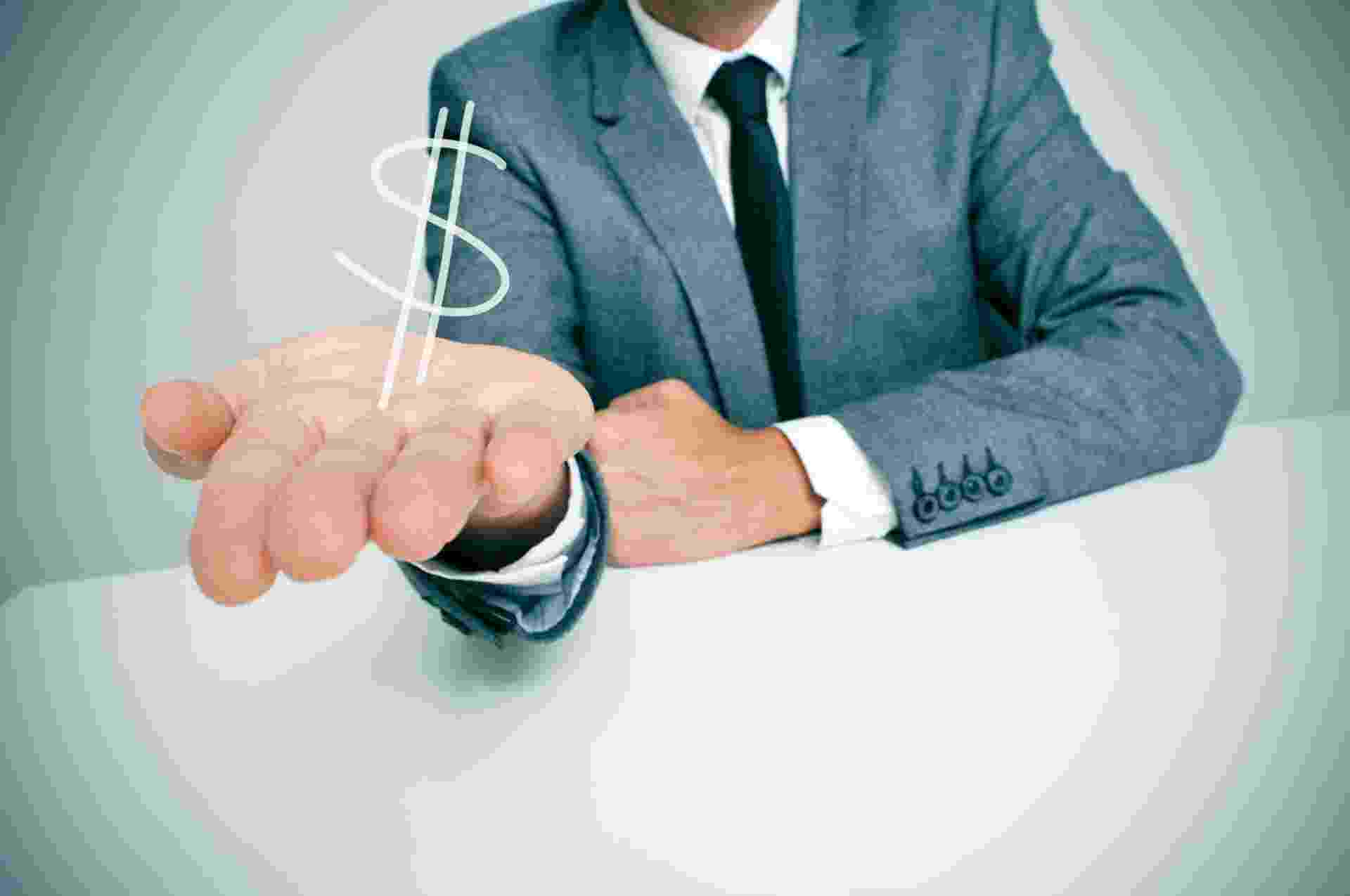 comissão, empreendedorismo, dinheiro, vendedor, consumo, consumidor, executivo, salário - Shutterstock
