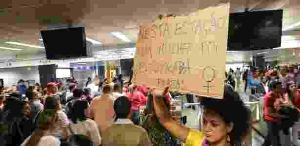 Protesto em 2015 na estação República após uma atendente ser estuprada no local - Julia Chequer/Folhapress
